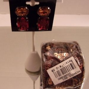 Nwt Sequin Bracelet & earrings. L37-7